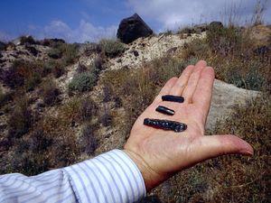 Obsidian-Messer, die auf der Insel Milos hergestellt wurden.