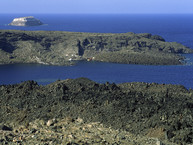 Blick auf die Insel Palia Kameni (c) Tobias Schorr